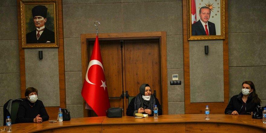 Kadın STK temsilcileri,kadına yönelik çalışmaları değerlendirdi