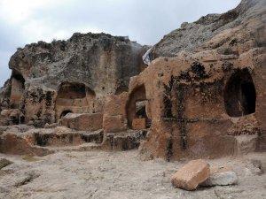 Tahrip edilen Hilar Mağaralarını asker koruyacak