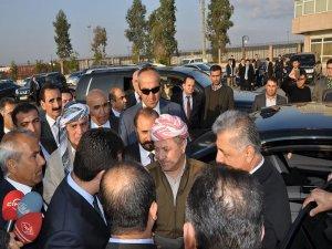 Barzani Türkiye'ye giriş yaptı