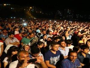 Diyarbakır'da Roboski dayanışma konseri