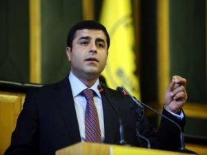 Demirtaş: Lafla cezaevleri boşalmıyor
