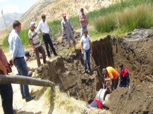 Tatvan'da su kaçaklarını giderme çalışması