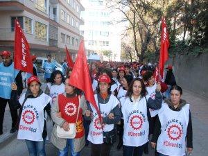 İşçi ve emekçiler 'kıdem tazminatı' hakları için alanlara çıktı