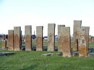 Ahlat'ın, UNESCO'da asıl listeye alınmamasına tepki