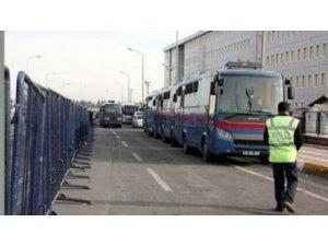 'KCK' İstanbul ana davasında da 8 tahliye
