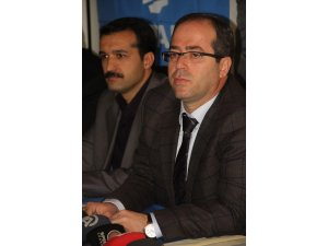 AKP'li Altaç gazetecilerle bir araya geldi