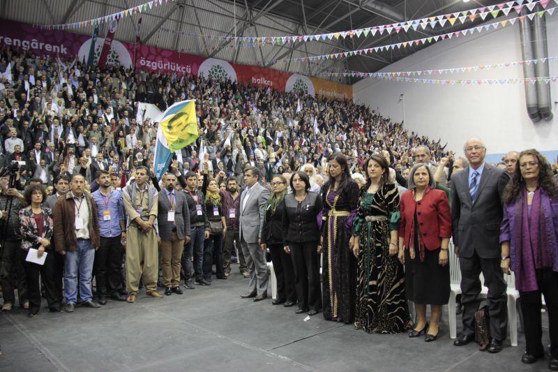 HDP'de eş genel başkanlığa Kürkçü ve Tuncel seçildi