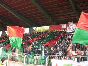Yeni Diyarbakırspor, Menemen Belediyespor'un namağlup ünvanına son verdi