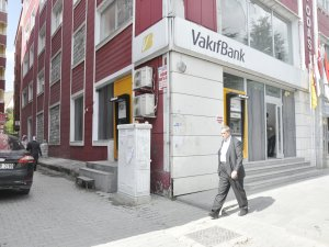 Banka şubelerinden 'Kobani' tedbiri