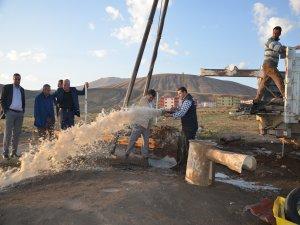 Tatvan Belediyesi'nden içme suyu sondaj çalışması