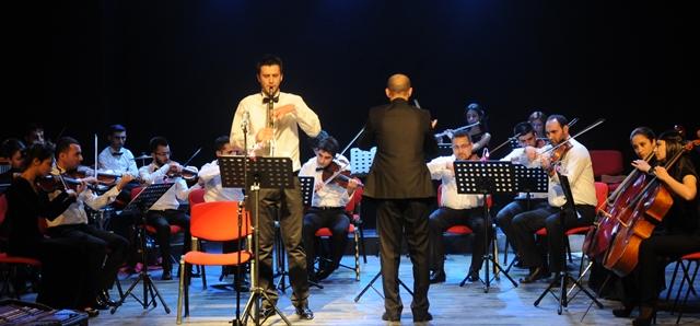 """Diyarbakır'da engelliler gününde """"orkestra"""" konseri"""