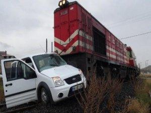 Hemzemin geçitte kaza: 7 yaralı