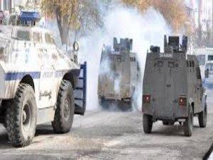 Diyarbakır ve Kars'ta polis müdahalesi