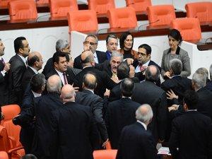 Hepsi 'Kürdistan'a karşı birleşti