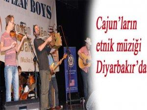 Cajun'ların etnik müziği Diyarbakır'da