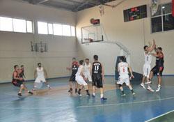 Bağlar Basketbol Takımı sezona galibiyetle başladı