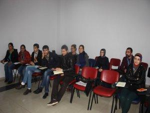 Kürt edebiyatı yeni bir renk ve kimlik kazanıyor