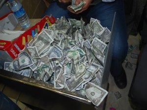 Çalgıcıların sahte para isyanı