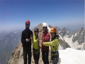 Hakkari dağları, yabancı turistlerin ilgisini çekiyor