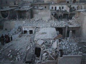 Halep'te bombalı saldırı: 37 ölü