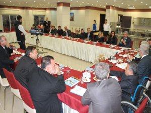 AKP'li  milletvekili Yetiş, engelli STK'ları ile buluştu