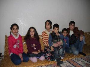 Diyarbakır'ın orta yerinde kimsesiz kalan 6 çocuk