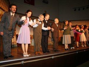 Şanlıurfa'da 800 öğrenci tiyatroyla tanıştı