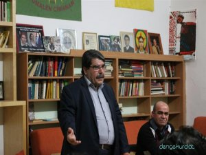 Salih Muslim li Viyanayê geşedanên Suriye û Rojava ve gotin