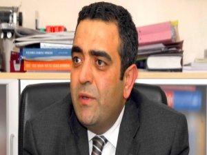 CHP genel başkan yardımcısı Tanrıkulu başbakana Ağaoğlunu sordu.