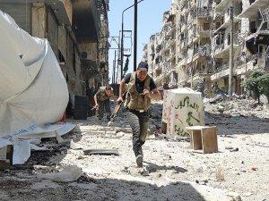 Suriye yeni yıla çatışmalarla girdi