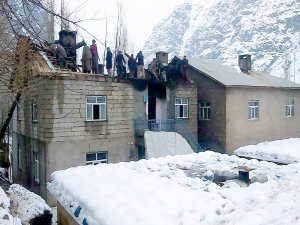 Kış ortası evsiz kaldılar