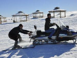 Karacadağlılar karın keyfini çıkarıyor