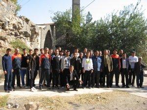 Yeni Diyarbakırspor için şehit sahabelerin türbesi önünde kurban kesildi