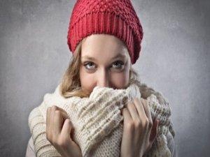 Soğuk havalarda yüz felcine dikkat