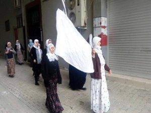 Cizreli kadınlar gözaltına alındı