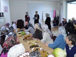 Lice ADEM'deki kadınlar çayda  bir araya geldi