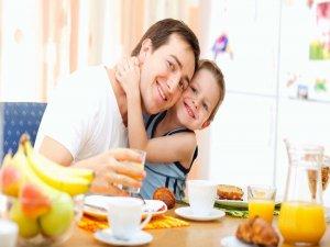 Okul çağı çocuklara 'kahvaltı' uyarısı