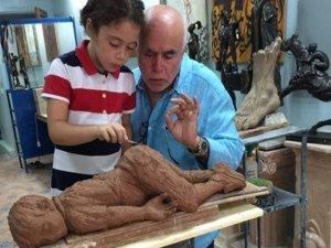 Fas'ta Alan Kurdi heykeli