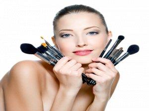 Makyaj temizliğinden önemli satırbaşları