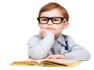 Çocuklarda göz tembelliği riskine dikkat