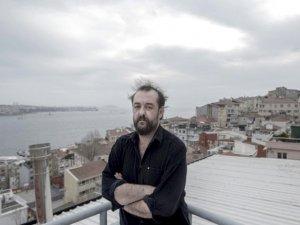 Murat Uyurkulak'ın yeni romanı 'Merhume' yayımlandı..