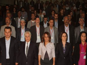 Diyarbakır'da 'zorla yerinden edilme ve köye geri dönüş konferansı'