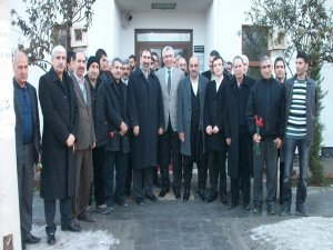 """AKP adayı Galip Ensarioğlu: """"Hiç bir parti ve adayla çatışmayacağız"""""""