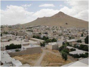 İran Kürtlerin tarihi Bicar şehrini sulara gömüyor