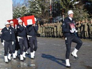 Yaşamını yitiren polis için tören düzenlendi