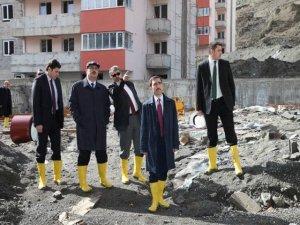 VALİ CANBOLAT KAMPÜS İNŞAATINDA İNCELEMELERDE BULUNDU