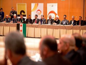 """Suriyeli muhalifler,  """"Cenevre-2"""" için İspanya'da toplandı"""