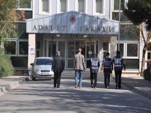 Gözaltına alınan 7 BDP'li Diyarbakır'a getirildi