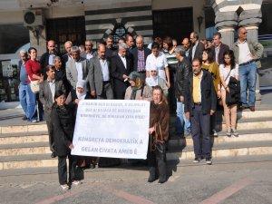 Şırnak ve Diyarbakır 'utanç duvarı'na karşı eylemlere sahne oldu