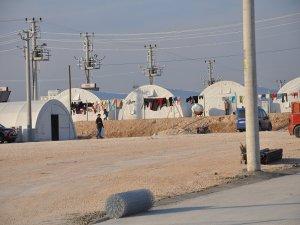 """Nusaybin'de mülteciler için """"çadır kent"""" kuruldu"""